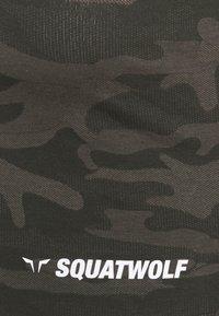 SQUATWOLF - WARRIOR CROP TEE SHORT SLEEVES - Print T-shirt - black - 2