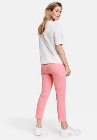 Gerry Weber - Slim fit jeans - pink - 2