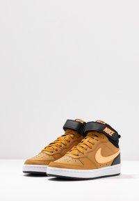 Nike Sportswear - COURT BOROUGH MID UNISEX - High-top trainers - wheat/orange pulse/black/white - 3