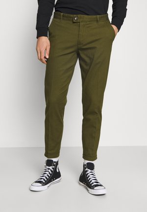 ERCAN CROPPED PANTS - Chinot - dark olive