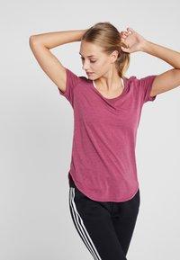 Cotton On Body - GYM  - Camiseta básica - rose sangria - 0