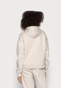Chelsea Peers - Pyjama top - beige - 2