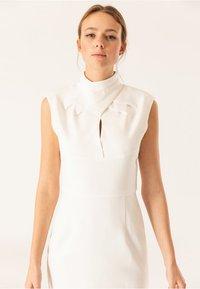 IVY & OAK BRIDAL - Shift dress - snow white - 4
