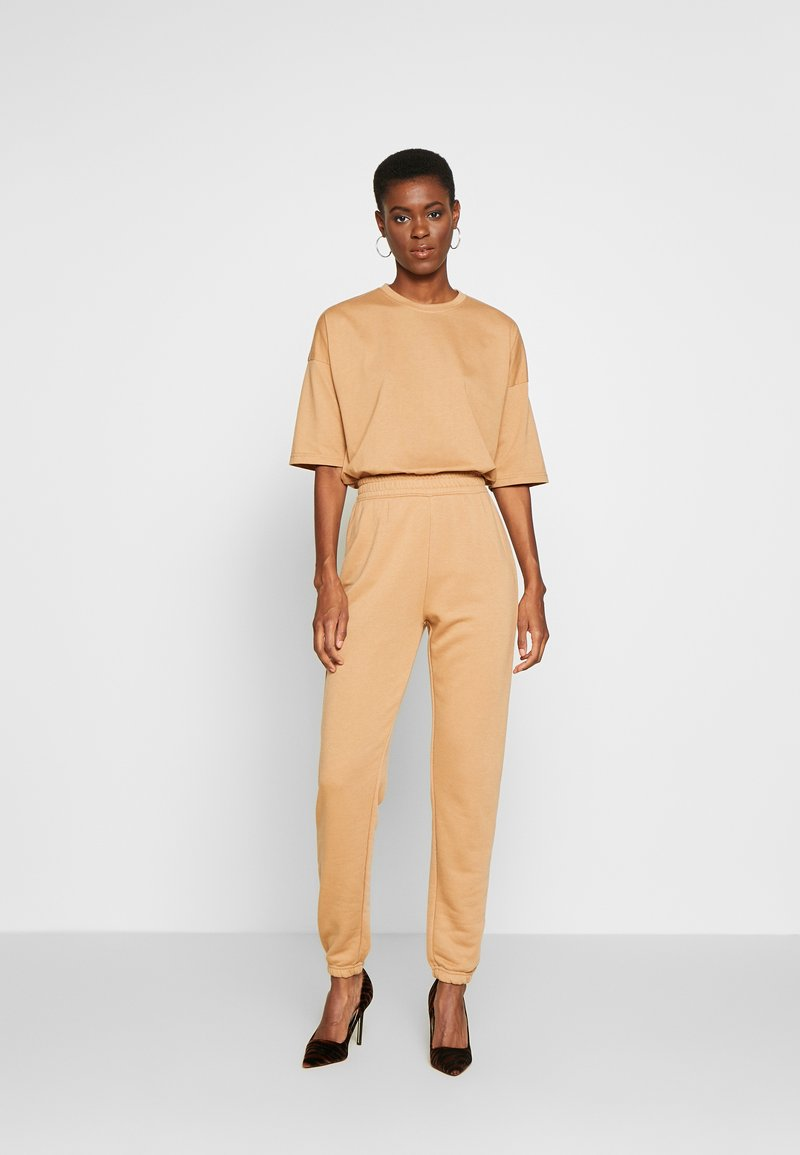Missguided Tall - EXCLUSIVE SET - Tracksuit - tan