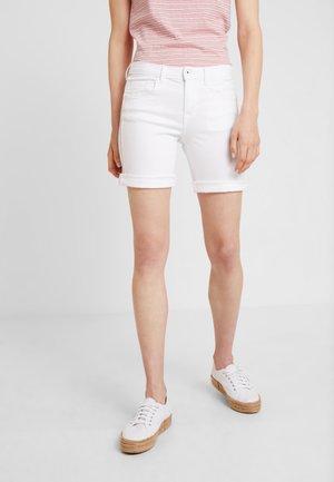 ALEXA BERMUDA - Denim shorts - white