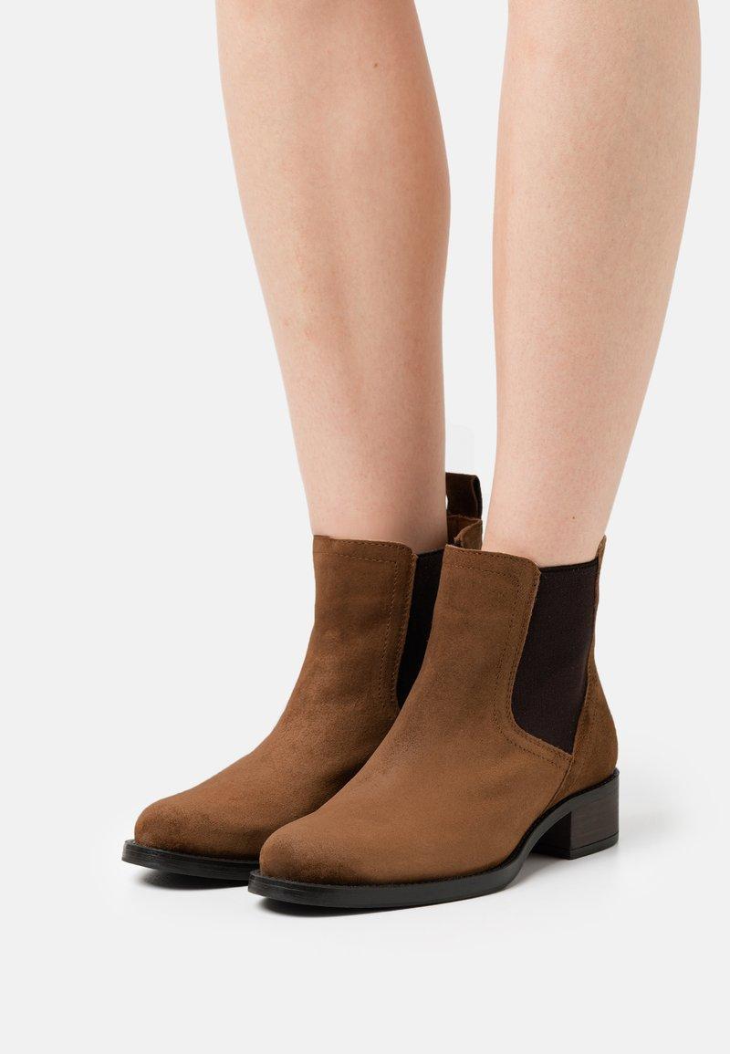 Alpe - ALAIN - Korte laarzen - brown