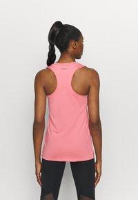adidas Performance - T-shirt de sport - light pink - 2