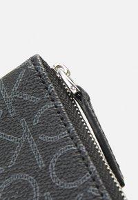 Calvin Klein - WALLET MONOGRAM - Lommebok - black - 4