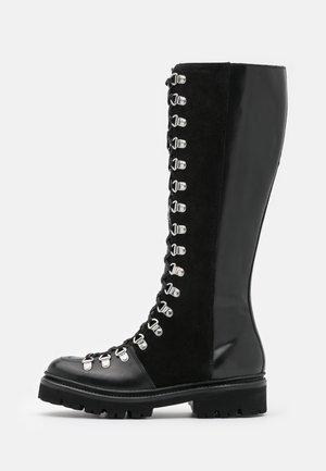 NANETTE HI - Veterlaarzen - black colorado/black
