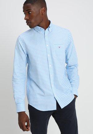 THE OXFORD GINGHAM - Shirt - capri blue