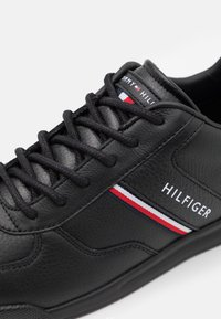 Tommy Hilfiger - LIGHTWEIGHT - Trainers - black - 5