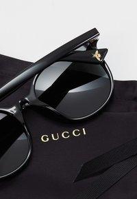 Gucci - 30001508001 - Okulary przeciwsłoneczne - black/grey - 4
