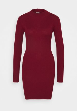 Jumper dress - deeper red