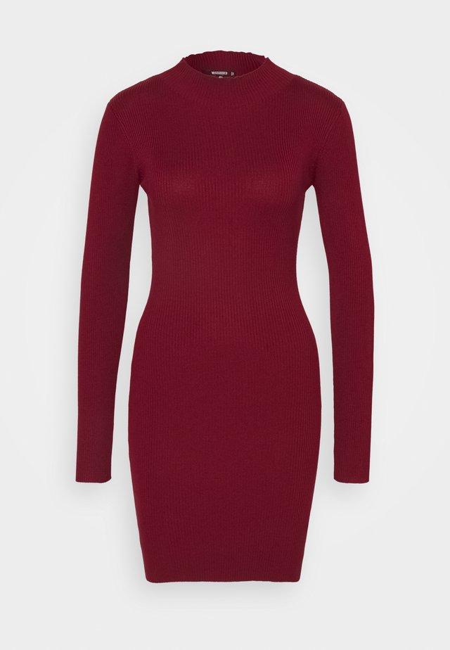 Jumper dress - deeper red