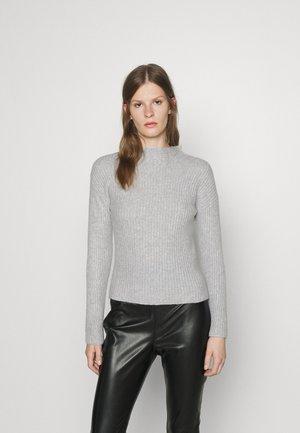 SANDRICKY - Sweter - medium grey