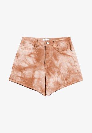 SILVAA BATIK - Denim shorts - toasted hazel