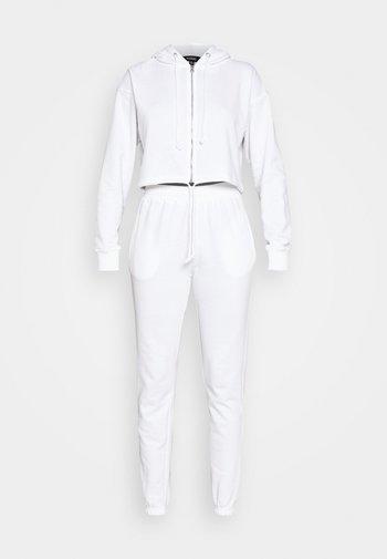 CROP ZIP HOODY JOGGER SET - veste en sweat zippée - white