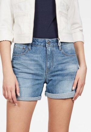 3301 HIGH BOYFRIEND - Denim shorts - light-blue