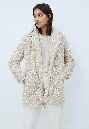GRETTA - Zimní kabát - mousse