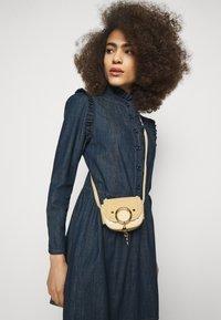 See by Chloé - Denimové šaty - denim blue - 5
