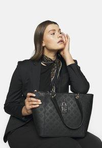 Guess - KAMRYN TOTE - Handbag - black - 1