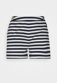 snow white/navy blazer