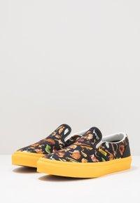 Vans - CLASSIC UNISEX - Slip-ins - multicolor - 3