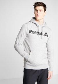 Reebok - TRAINING HOODIE - Hoodie - medium grey heather - 0