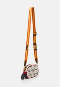 Coach - COACH X DISNEY KEITH HARING SIGNATURE  BADGE CAMERA CROSS - Across body bag - chalk/black - 1