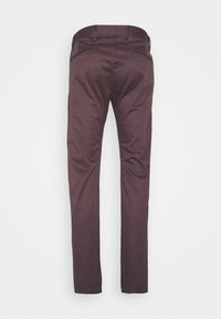 DOCKERS - ALPHA ORIGINAL  - Chinosy - raisin - 6