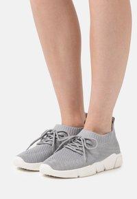Anna Field - Tenisky - light grey - 0