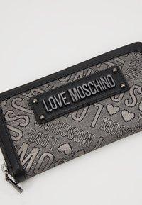 Love Moschino - Peněženka - fantasycolor - 2