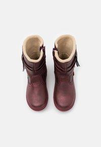 Kickers - RUMBY - Kotníkové boty - violet fonce brillant - 3
