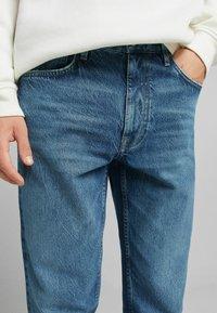 Bershka - STRAIGHT VINTAGE - Relaxed fit jeans - dark blue - 3