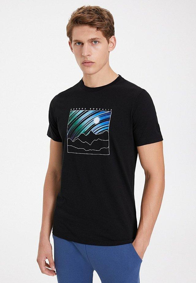 AURORA BOREALIS - T-shirt print - black