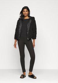 Even&Odd Petite - 2 PACK  - Leggings - black/mottled dark grey - 1
