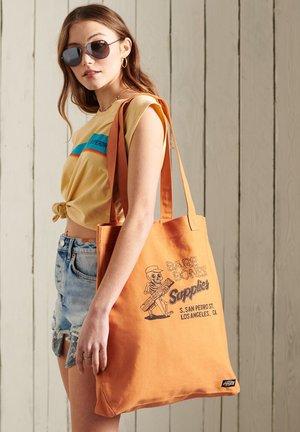 Shopping bags - toasted orange