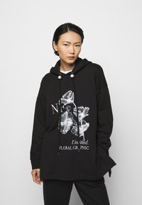 Mother of Pearl - PRINTED HOODIE WITH THICK - Mikina skapucí - black - 0