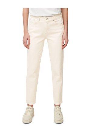 MODELL MALA  - Slim fit jeans - ecru organic wash
