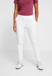 Nike Golf - FLEX  VICTORY - Spodnie materiałowe - white - 0