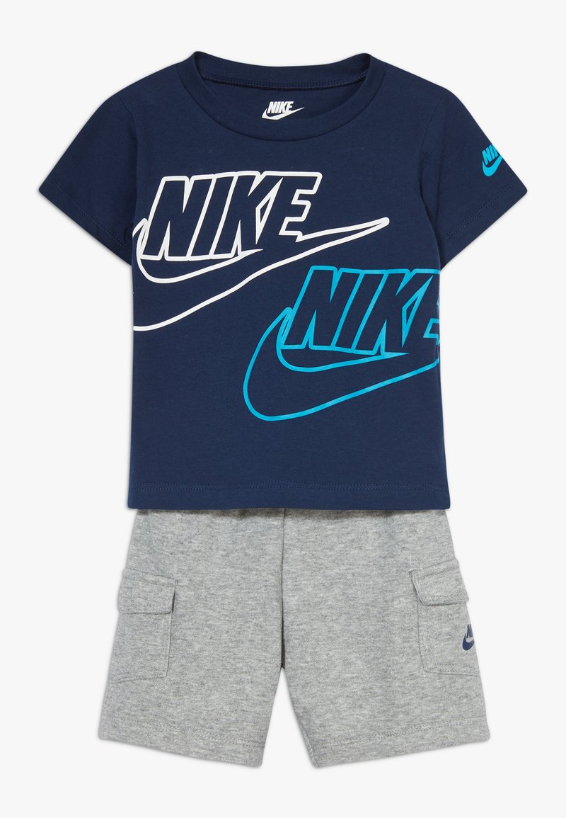 Nike Sportswear - CARGO BABY SET - Shorts - dark grey heather