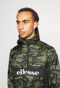 Ellesse - COSONA - Giacca a vento - green - 3