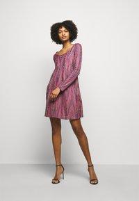M Missoni - ABITO - Gebreide jurk - purple - 1