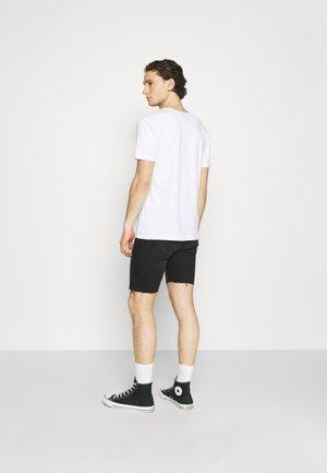 CLARK SHORTS - Jeansshort - black soot