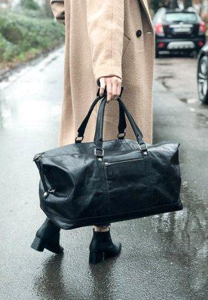 RUBEN - Weekend bag - black