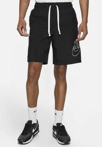 Nike Sportswear - ALUMNI  - Shorts - black - 0