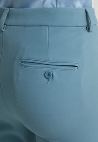WEEKEND MaxMara - ALCIDE - Kalhoty - azurblau - 5