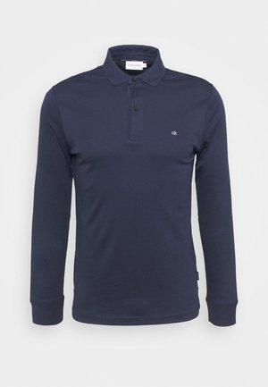 LIQUID TOUCH SLIM  - Polo shirt - navy