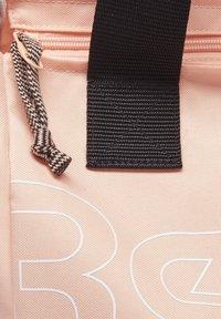 Reebok - ELEMENTS TRAINING - Sports bag - aura orange - 2