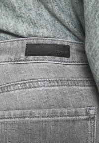 Opus - ELMA TINTED - Jeans Skinny Fit - authentic grey - 5